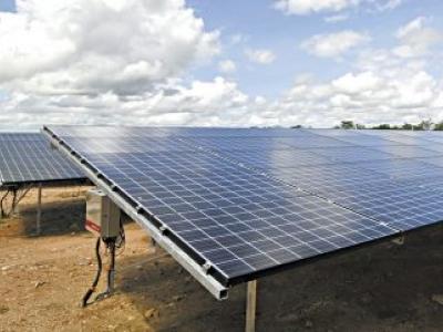 Coema aprova projeto de energia solar para Aquiraz