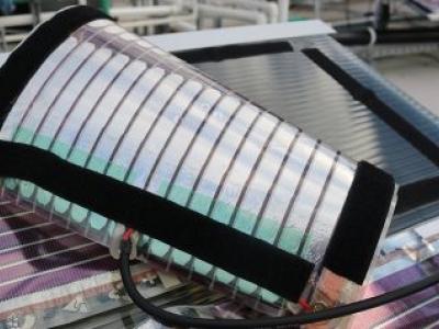 Pesquisadores da Universidade da Austrália testam painéis solares impressos