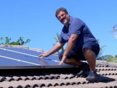 Morador de Palmas adere a energia solar e reduz conta de luz de R$ 450 para R$ 63 por mês