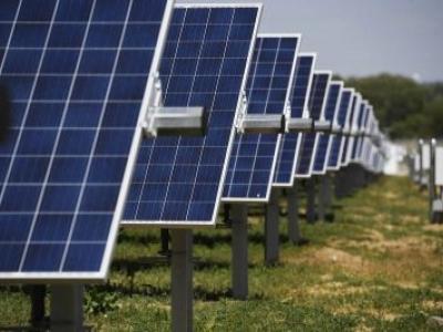 A Ascensão das Fazendas Solares Comunitárias