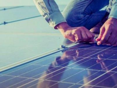 Energia solar fotovoltaica é alternativa para a agricultura familiar Artigo original da SF Agro: ht