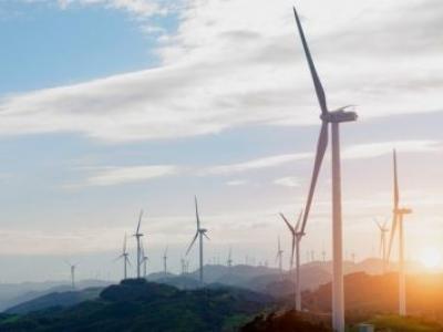 Investimento global em energia limpa sobe para US$ 333,5 bi em 2017, diz relatório
