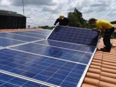 Programas de incentivos financeiros fomentam energia solar para pequenos negócios