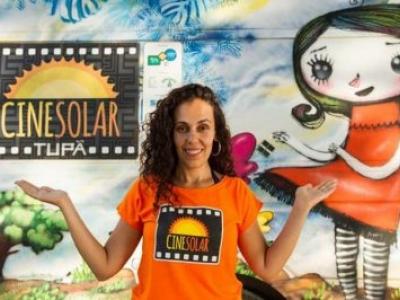 Projeto leva em van movida a energia solar a magia do cinema a três comunidades no Piauí