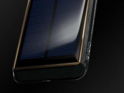 """iPhone X Tesla tem painel solar e está a venda por """"apenas"""" US$ 4.500"""