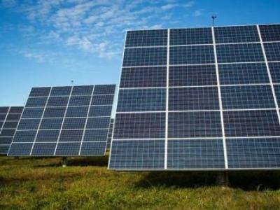 Uso de energia solar avança no Brasil e atrai empresas