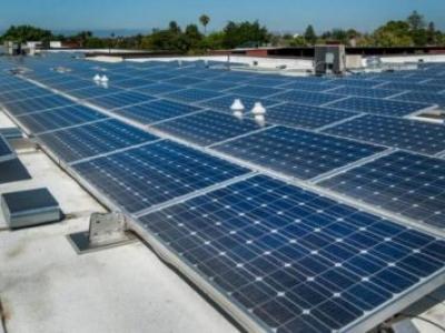 Nova bateria pode armazenar energia eólica e solar de forma acessível e ambiente