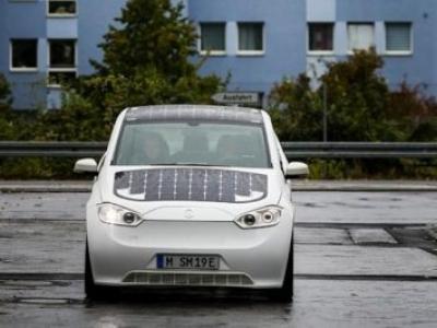 Carro eléctrico que carrega com o sol será lançado em 2019