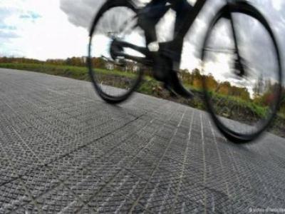 Alemanha testa ciclovia geradora de energia solar