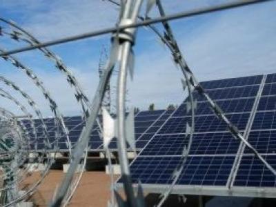 Chernobyl inaugura central de energia solar 30 anos após desastre nuclear