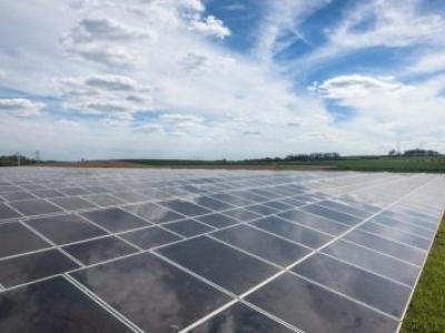 Cemig inaugura usina fotovoltaica