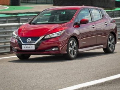 Carro 100% elétrico Nissan Leaf chega a Florianópolis em julho
