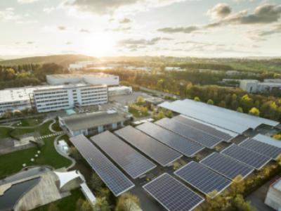 Fábrica na Alemanha usa energia solar e poupa 630 toneladas de poluentes