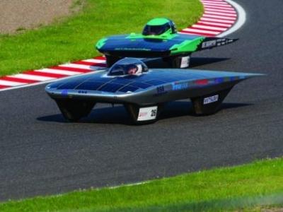 Carro solar movido a painéis da Trina Solar chega em 1º lugar na Corrida Solar da FIA no Japão